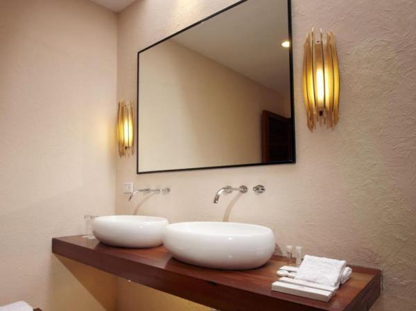 Bathroom at Bluewater Panglao Resort