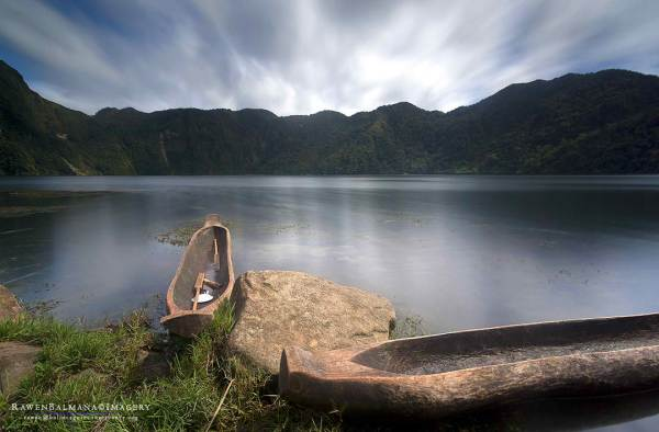 Lake Holon by Rawen Balmana