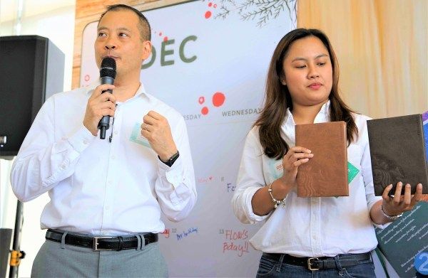 Starbucks head of marketing Keith Cole and assistant manager for PR and Digital Communications Denise Barrameda share what's in store for coffee lovers this season.