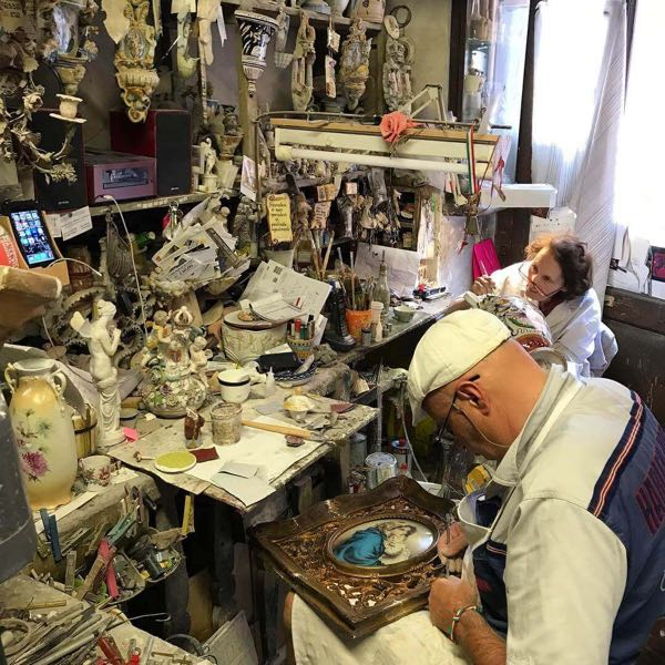 The artisan of the Dolls Hospital