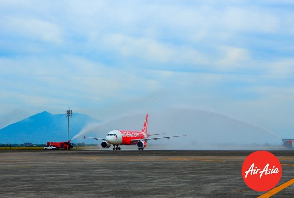 AirAsia Celebrates Its Clark-Caticlan Inaugural Flight