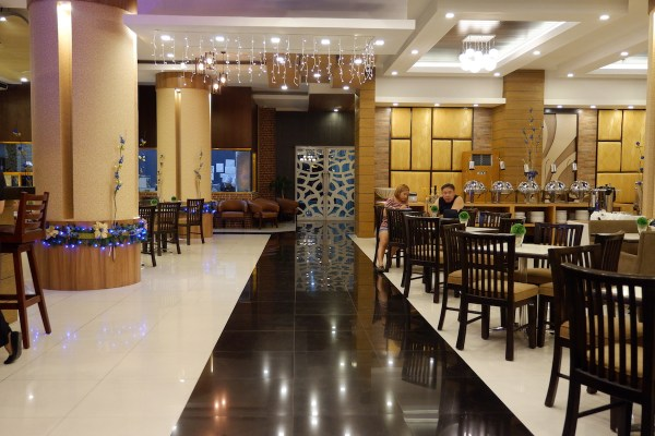 Azzurro Hotel Restaurant
