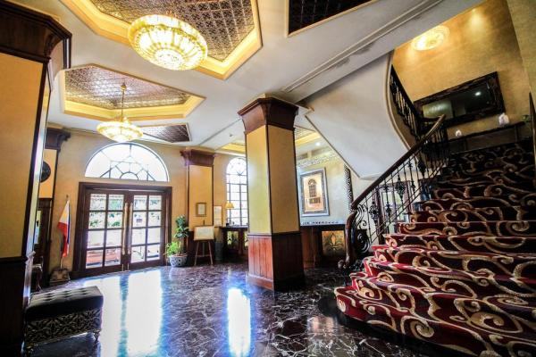 Luneta Hotel in Manila