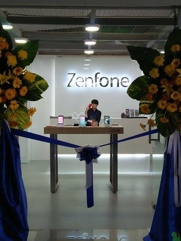 Opening of ZenFone Concept Store in Iloilo City