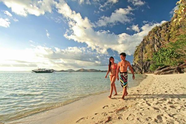 Beautiful Beaches in Coron, Palawan - Banol Beach photo via Two Seasons Resort
