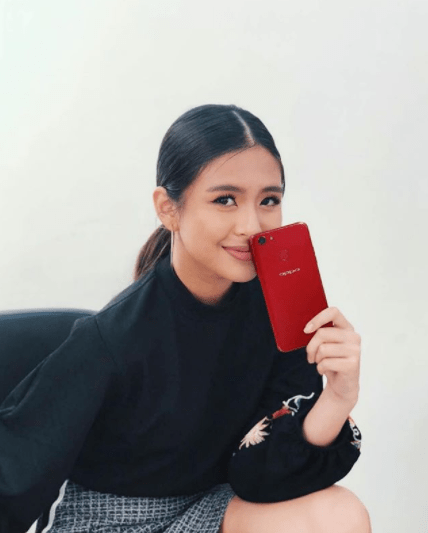 Gabbi Garcia with OPPO Red F5