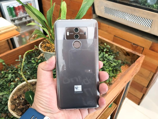 Huawei Mate 10 Pro Unboxing