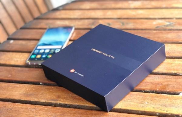 Inside Huawei Mate 10 Pro Box