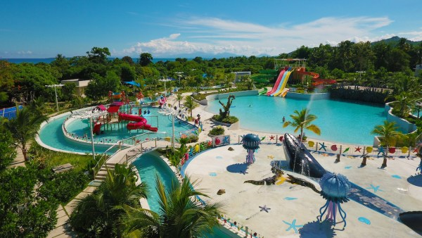 Must-visit Palawan Water Park by Astoria. Photo by destinasian.com.