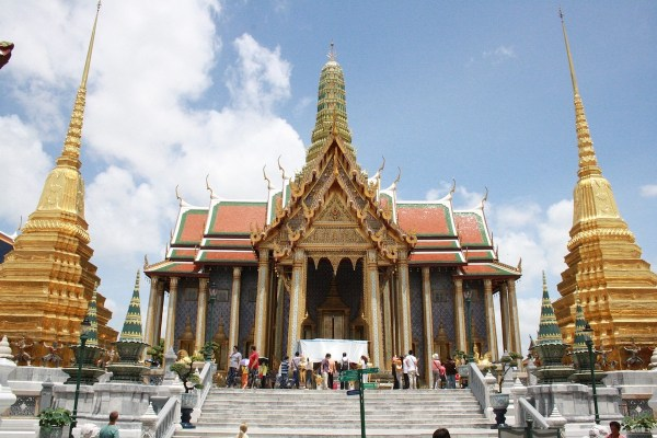 Grand Palace Bangkok Budget Travel Guide