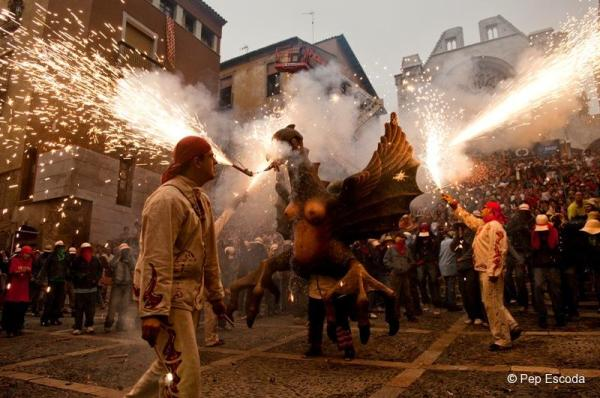 Santa Tecla Festival brings pyrotechnics to the streets