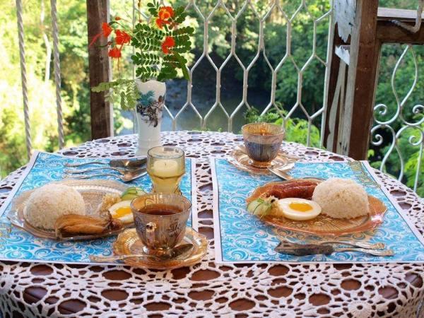 Breakfast at Catalinos Restaurant photo via Catalinos FB Page