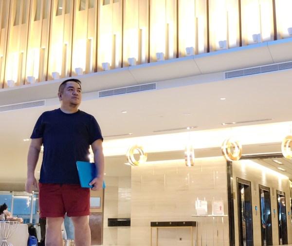 Melo at the Lobby