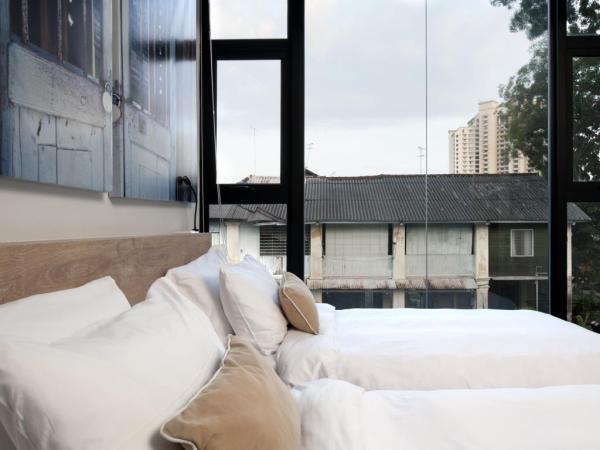 Rucksack Caratel – Garden Wing Best Hotels in Melaka City, Malaysia