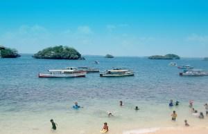 Beach in Alaminos Pangasinan - Hundred Islands
