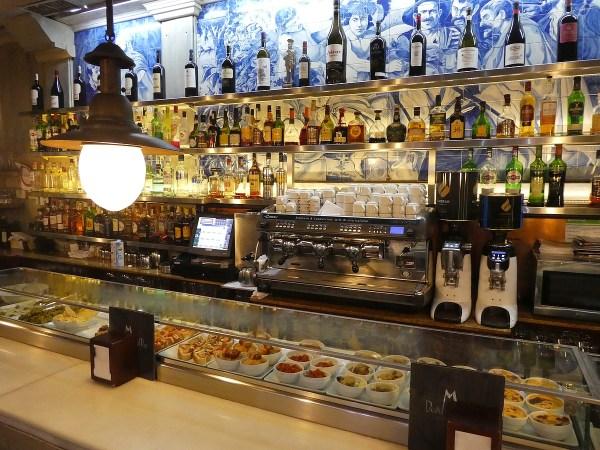 Don Mauro Restaurante on the Plaza Major, with bar & tapas