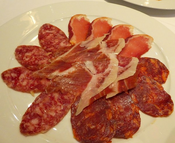 jamon, chorizo, salami & lomo (cured pork loin)