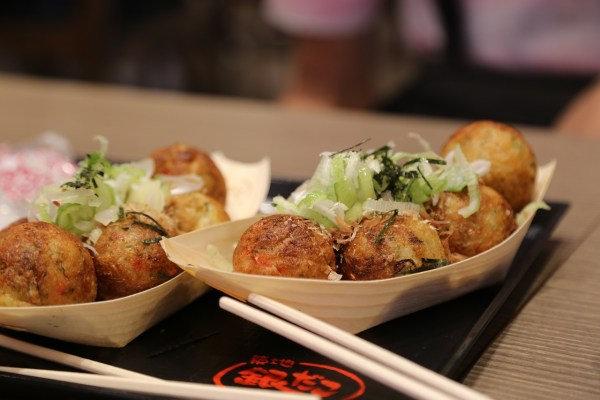 The famous Japanese octopus balls a.k.a. takoyaki