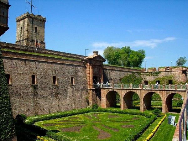 Entrance to Montjuïc Castle