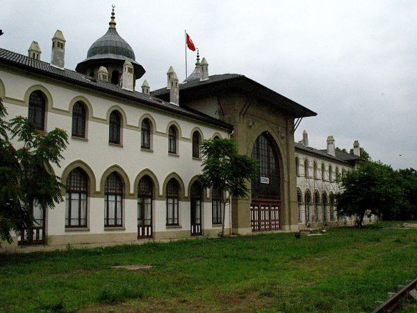 Karaagac railway station in Edirne photo via Wikipedia Commons