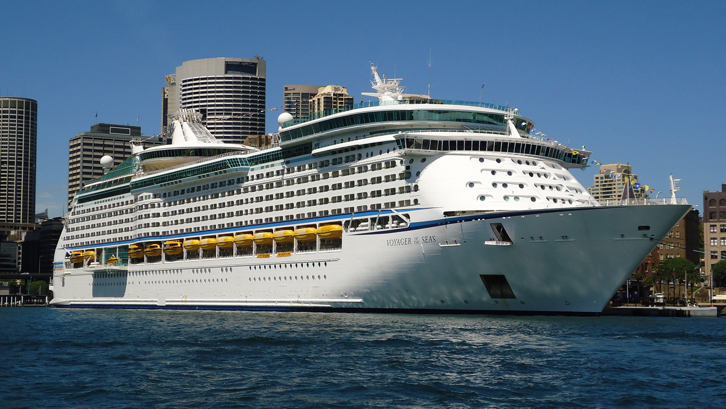 Royal Caribbean International's Voyager of the Seas called in Manila