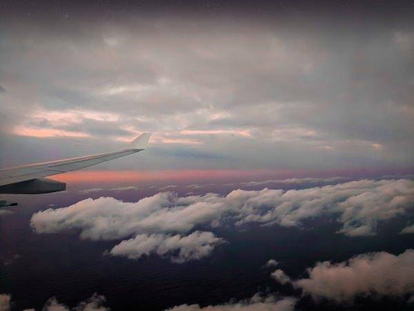 Direct Flight Between Manila and Melbourne photo by Dan Sealey via Unsplash