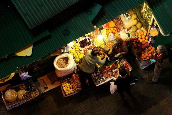 Night Fruit Market in Hong Kong