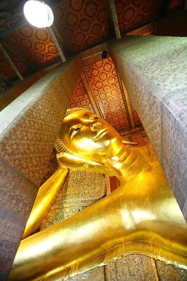 Wat Pho Reclining Buddha in Bangkok