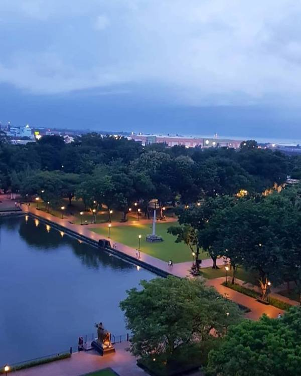 Aerial view of the Capitol Park and Lagoon by Shawn7711 via Wikipedia CC