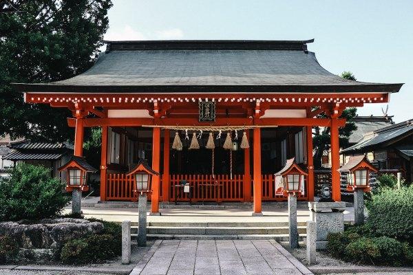 Best Hotels in Fukuoka Japan photo by DEAR via Unsplash