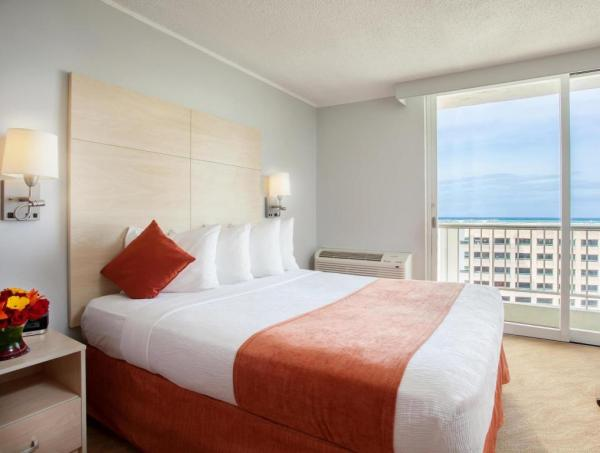 Best Western Plus Condado Palm Inn and Suites