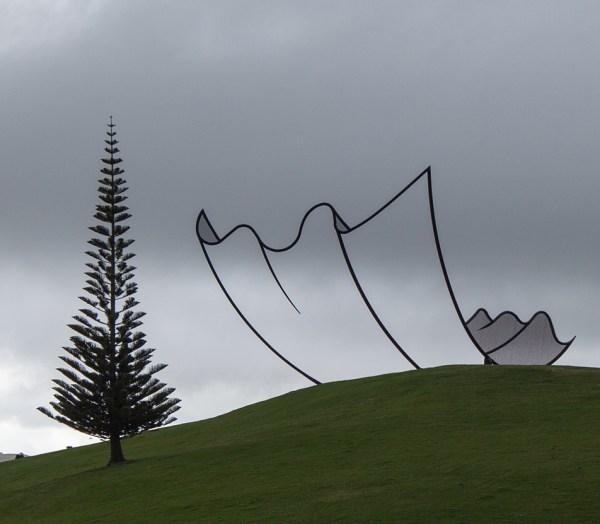 Horizons by Neil Dawson photo by Nita via Wikipedia CC