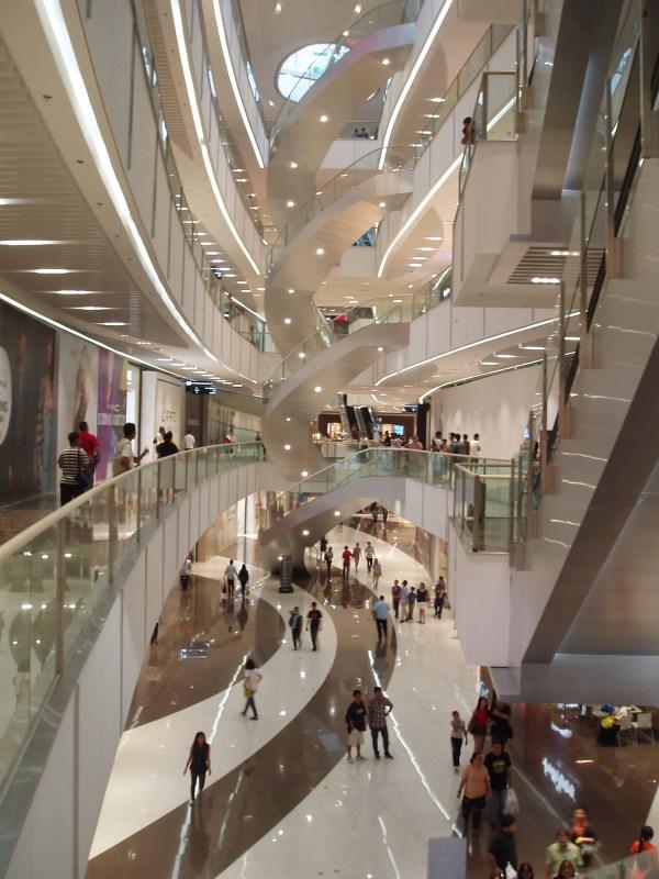 Interior of the SM Aura Premier photo by Holav via Wikipedia CC
