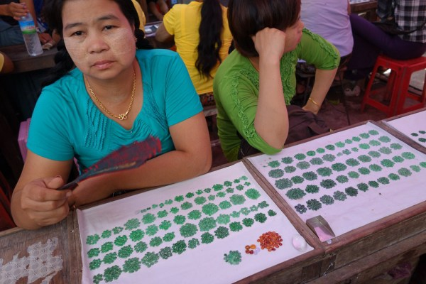 Jade Market in Mandalay photo by Binder.donedat via Flickr CC