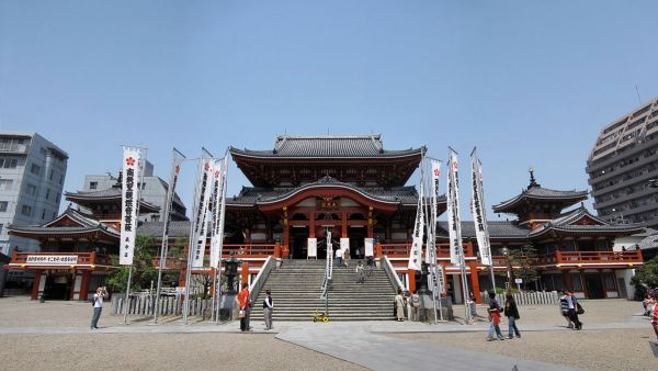 Osu Kannon photo by Gryffindor via Wikipedia CC