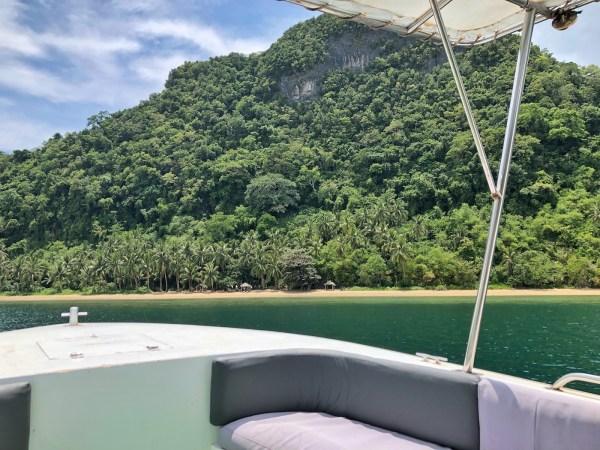 Speedboat ride to Pinaghulugan Beach