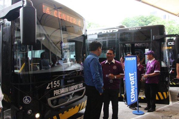 UBE Express P2P Premium Airport Bus from Araneta Cubao to Manila Airport
