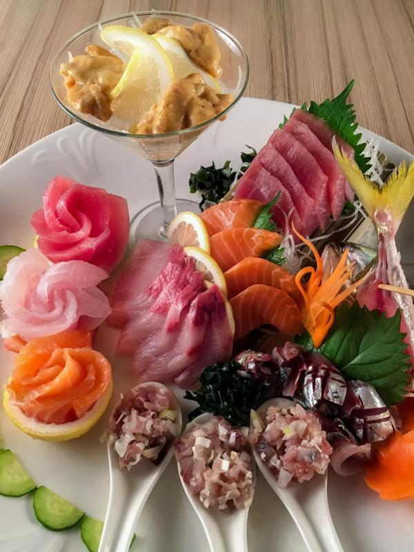 Kitsho's sashimi platter is the best choice for diners who love fresh seafood..jpg
