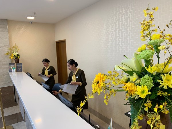 One Central Hotel Reception