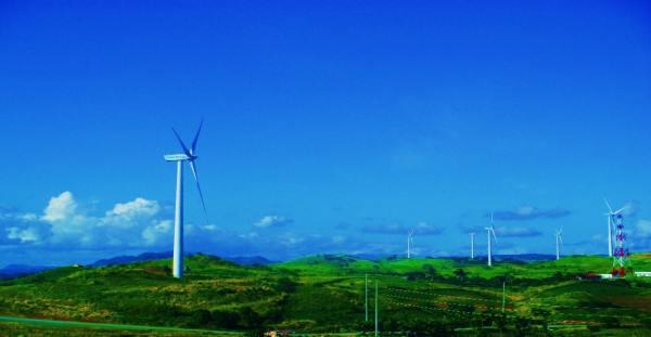 Pililla Wind Farms by RMNSantiago via Wikipedia CC