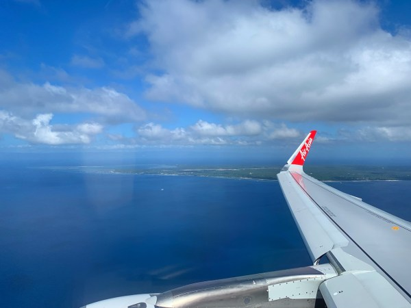 AirAsia Flight to the new Panglao Airport in Bohol