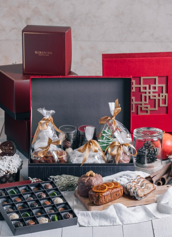 Grand Hyatt Manila Christmas Hamper