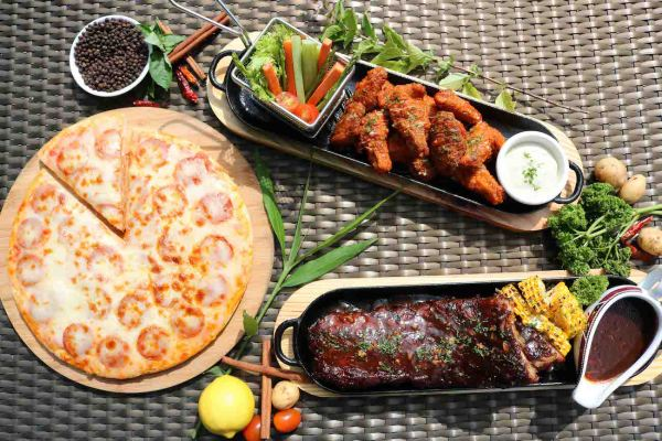 Pizza ribs and wings at Hotel Jen Manila