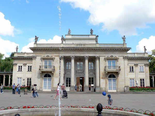South Facade of Lazienki Palace by Wojsyl via Wikipedia CC