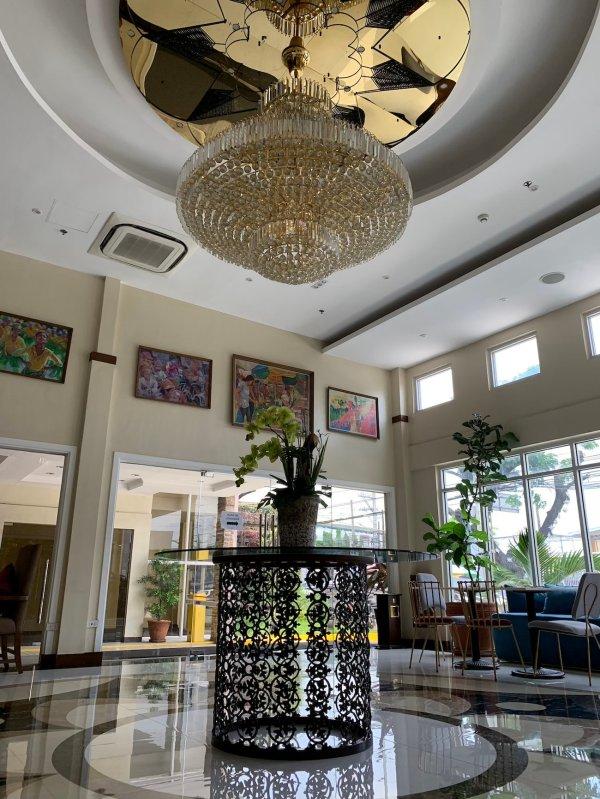 Best Wester Hotel Pampanga Lobby