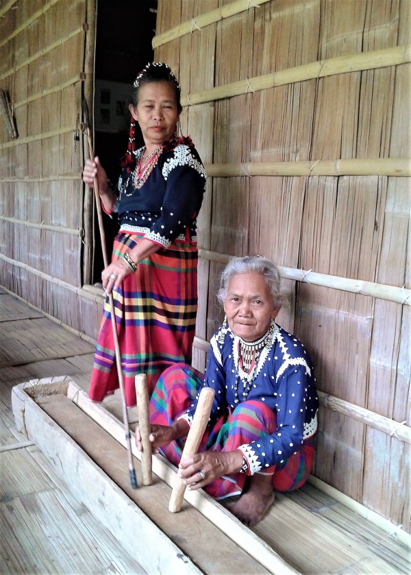 Blaan women at Lamlifew Village Museum in Malungon