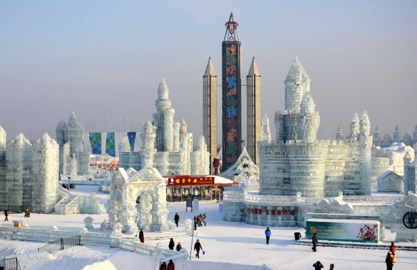 Harbin Ice Festival photo by Healthycliff Syndor via Unsplash