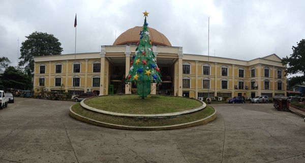Kidapawan City Hall photo by Nsaa via Wikipedia CC