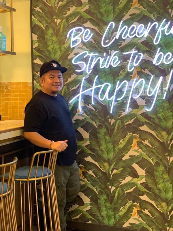 Melo at Ruben Bar and Restaurant