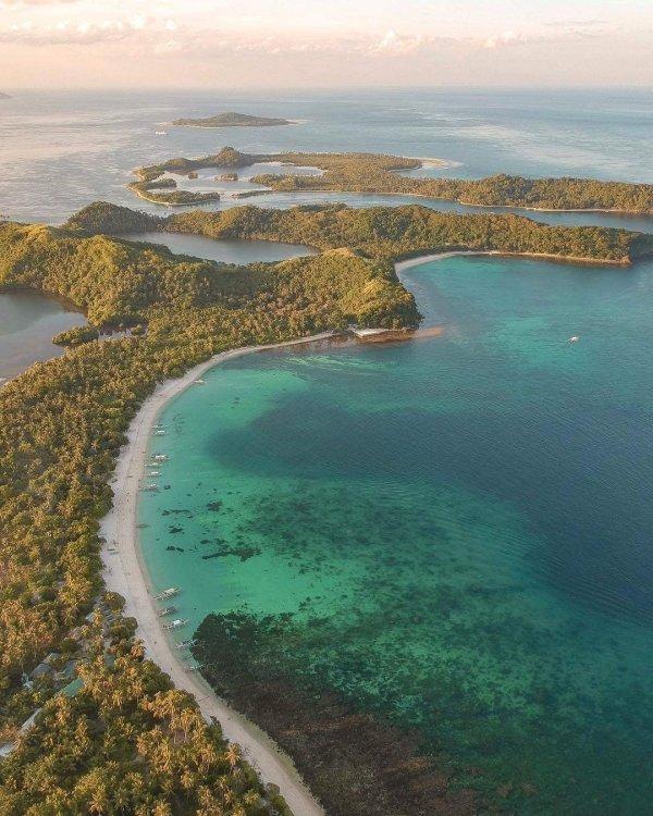 Calintaan Island in Matnog photo by Monde Mendez via IG @mondemendez
